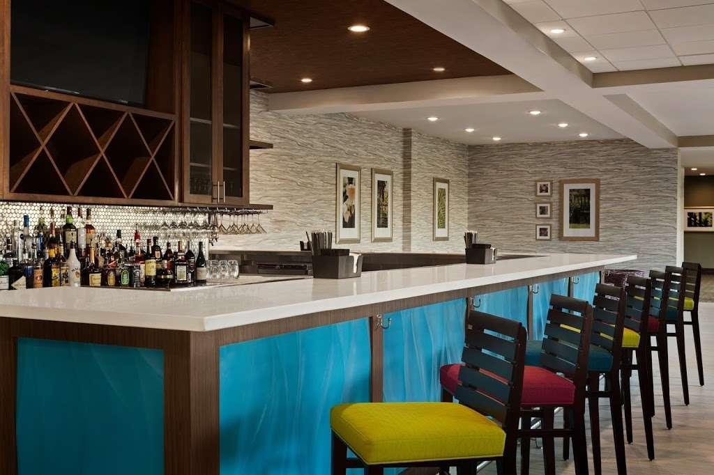 Hilton Garden Inn Houston-Baytown - lodging  | Photo 6 of 10 | Address: 4910 E Chase St, Baytown, TX 77521, USA | Phone: (281) 838-8208