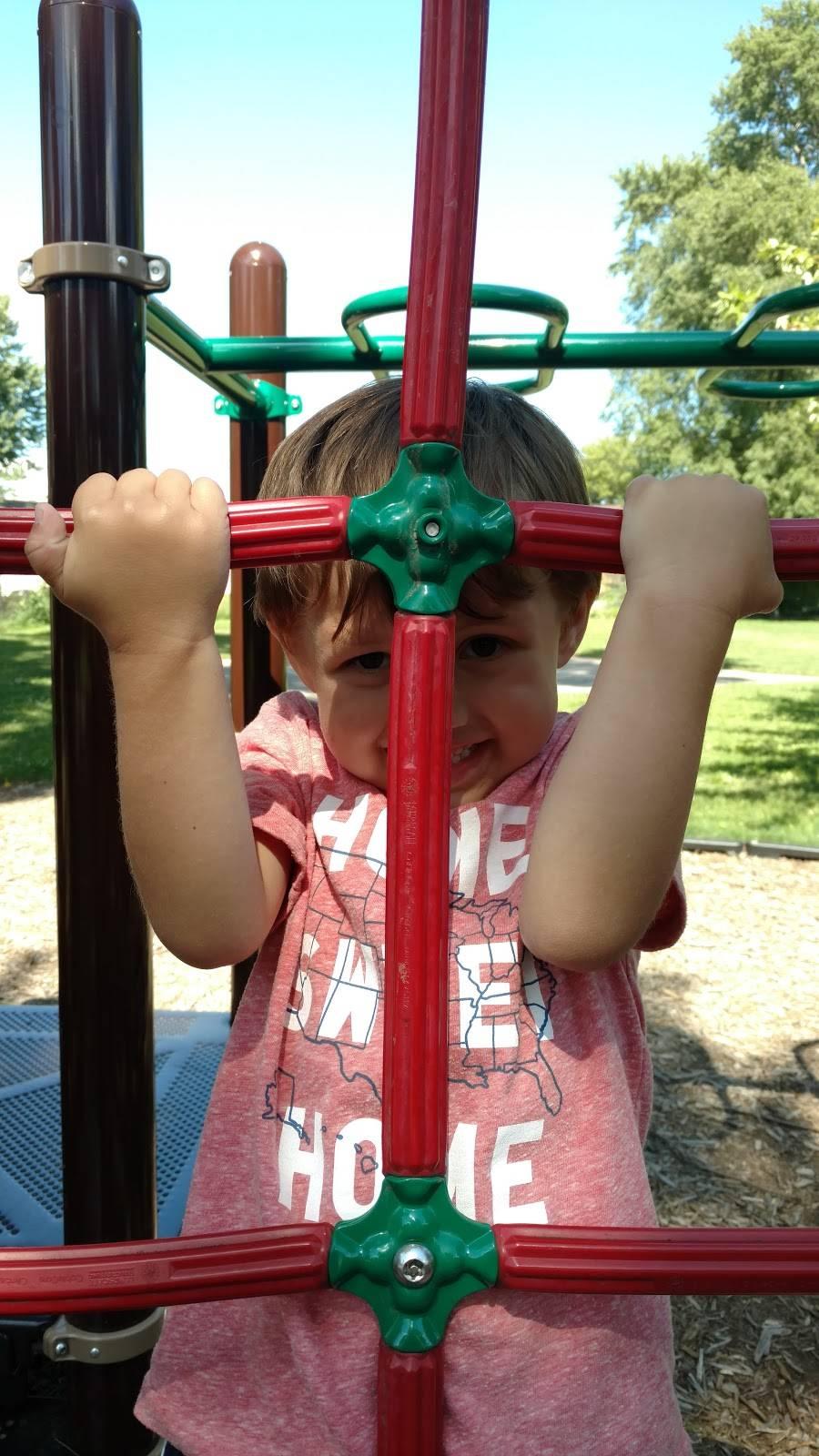 Midland Park - park  | Photo 5 of 9 | Address: Midland Park, 1005 Midland St, Madison, WI 53715, USA | Phone: (608) 266-4711