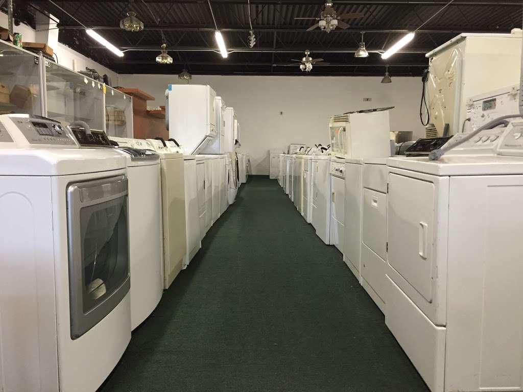 Globe Appliance & Mattress - furniture store    Photo 4 of 10   Address: 8559 S Ashland Ave, Chicago, IL 60620, USA   Phone: (773) 716-7376