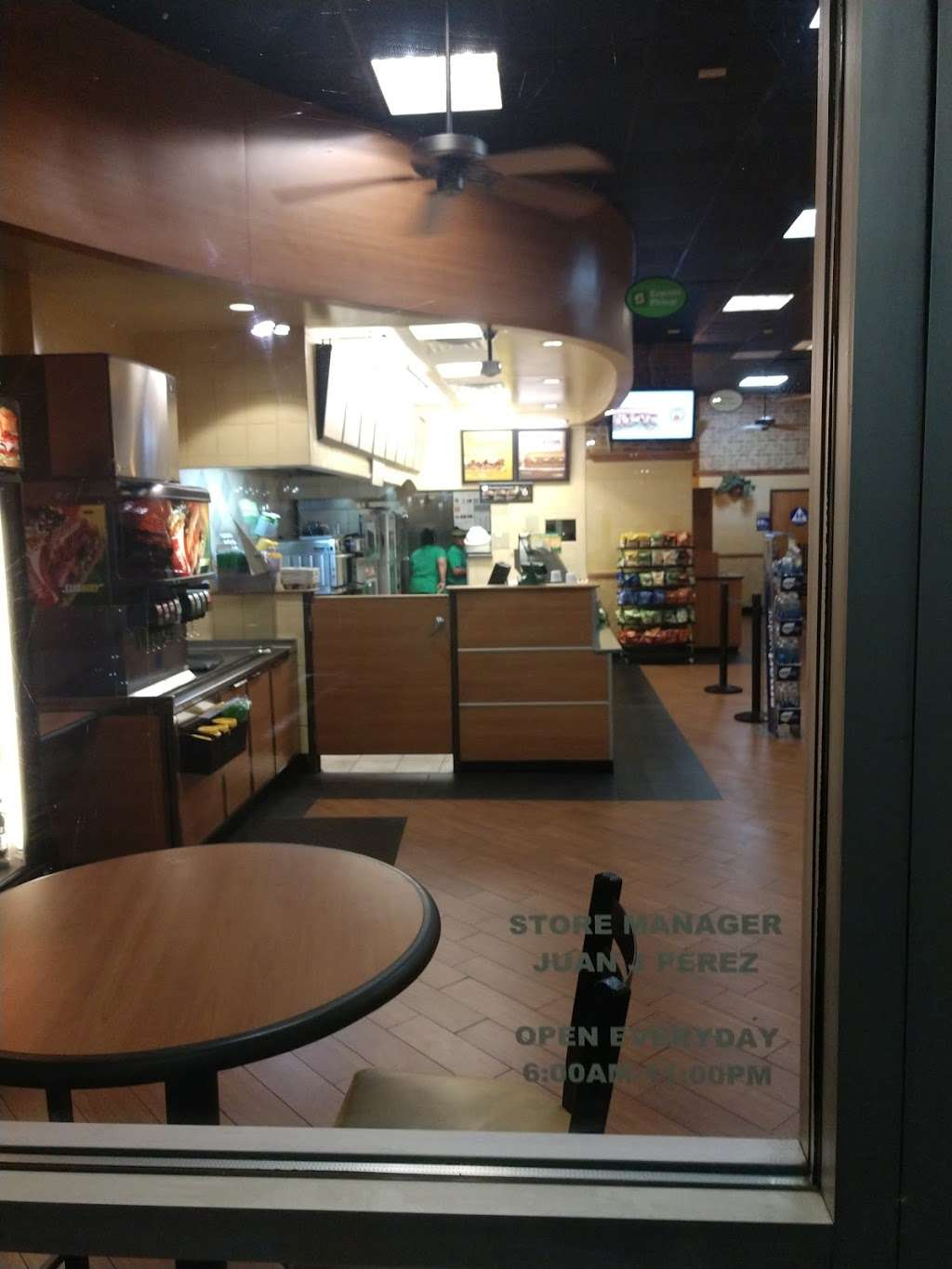 Subway - meal takeaway  | Photo 9 of 10 | Address: 13520 Paxton St Suite A-3, Pacoima, CA 91331, USA | Phone: (818) 899-3900