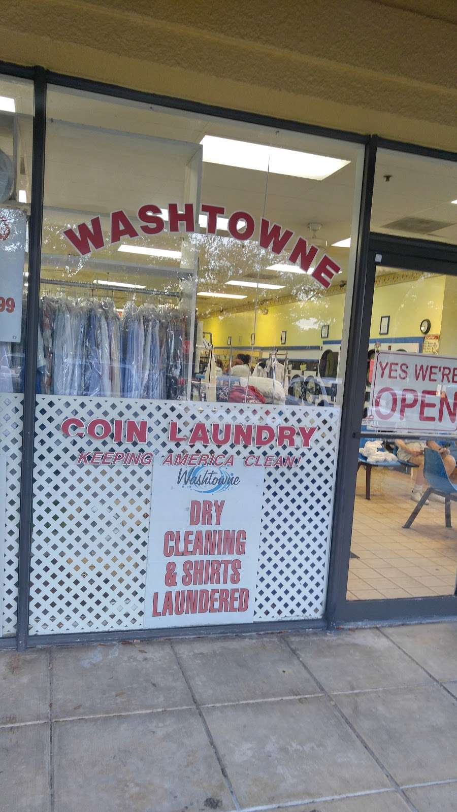 Coin Laundry - laundry  | Photo 2 of 2 | Address: 240 Central Blvd, Jupiter, FL 33458, USA