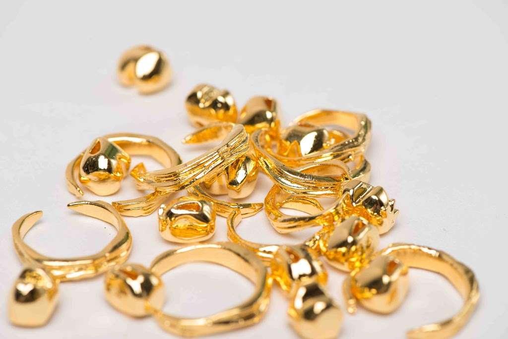 PrintAWorld - jewelry store  | Photo 10 of 10 | Address: 394 McGuinness Blvd #302, Brooklyn, NY 11222, USA | Phone: (929) 213-9604