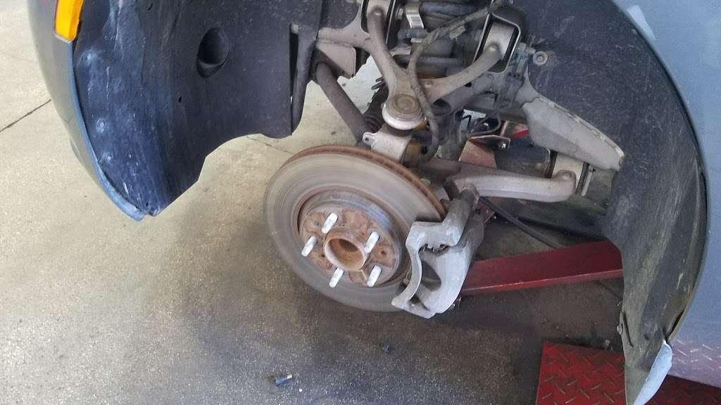 Americas Tire Glendale >> America S Tire Car Repair 1327 S Glendale Ave A