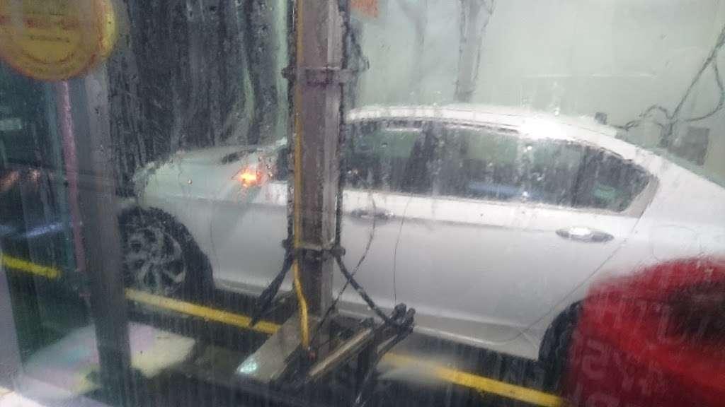 Embassy Autowash - car wash  | Photo 7 of 10 | Address: 10874 Fairfax Blvd, Fairfax, VA 22030, USA | Phone: (703) 273-5650