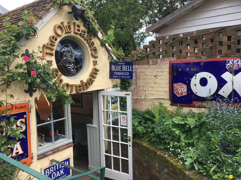 The Old Bakery Tea Room - cafe  | Photo 2 of 5 | Address: The Landway, Shoreham, Sevenoaks TN14 7TD, UK