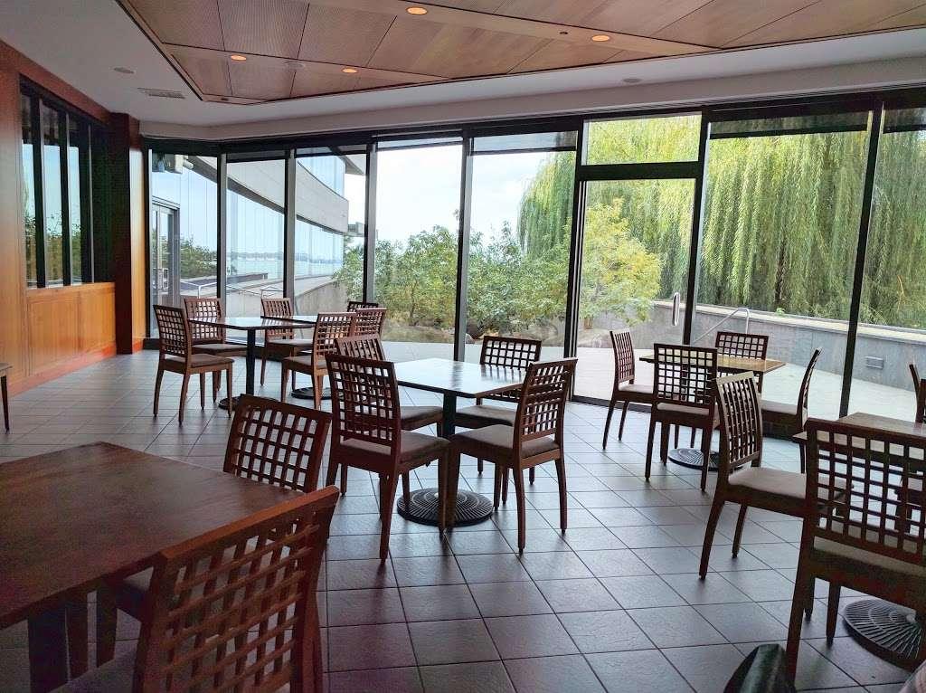 Lox Cafe - restaurant  | Photo 1 of 10 | Address: 2, 36 Battery Pl, New York, NY 10280, USA | Phone: (646) 437-4231