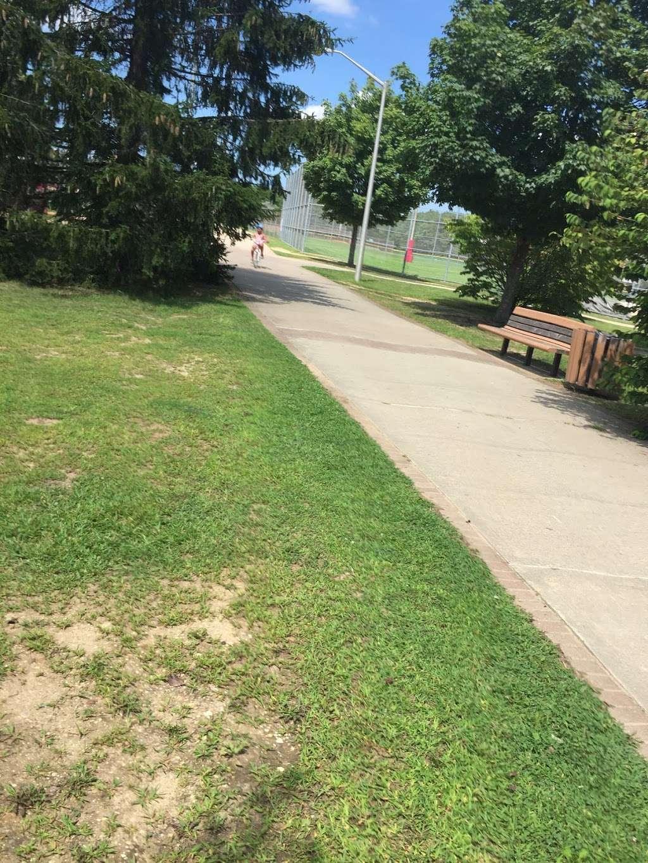 Otsego Park - park  | Photo 6 of 10 | Address: Dix Hills, NY 11746, USA | Phone: (631) 351-3000
