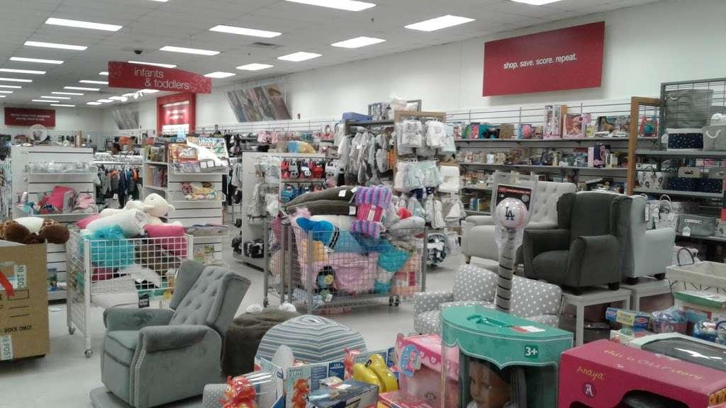 T.J. Maxx - department store  | Photo 9 of 10 | Address: 105 Lefante Way, Bayonne, NJ 07002, USA | Phone: (201) 339-8312
