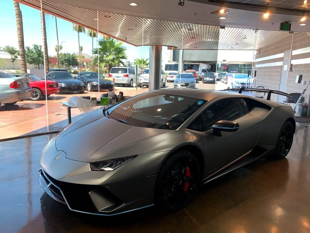 Riding in Style - car dealer    Photo 2 of 10   Address: 811 N Scottsdale Rd, Scottsdale, AZ 85257, USA   Phone: (480) 656-1604