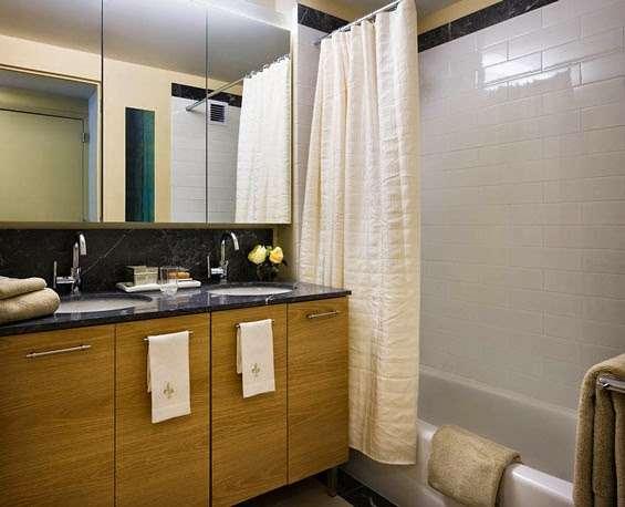 Riverwalk Crossing Luxury Apartments - real estate agency  | Photo 5 of 10 | Address: 405 Main St, New York, NY 10044, USA | Phone: (646) 992-4143