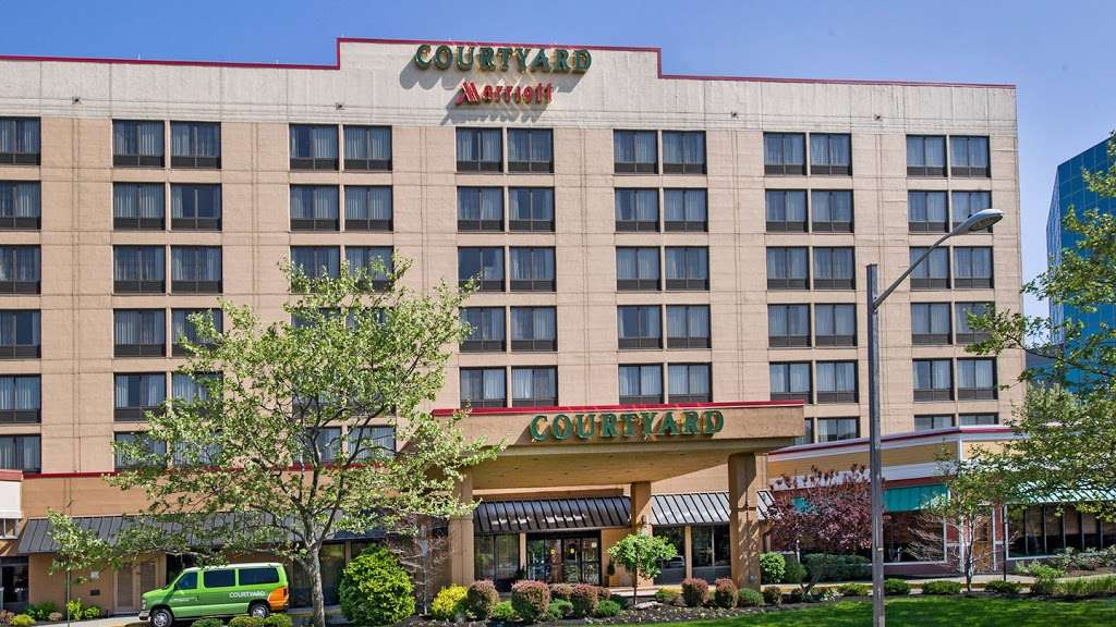 Courtyard by Marriott Secaucus Meadowlands - lodging    Photo 1 of 10   Address: 455 Harmon Meadow Blvd, Secaucus, NJ 07094, USA   Phone: (201) 617-8888