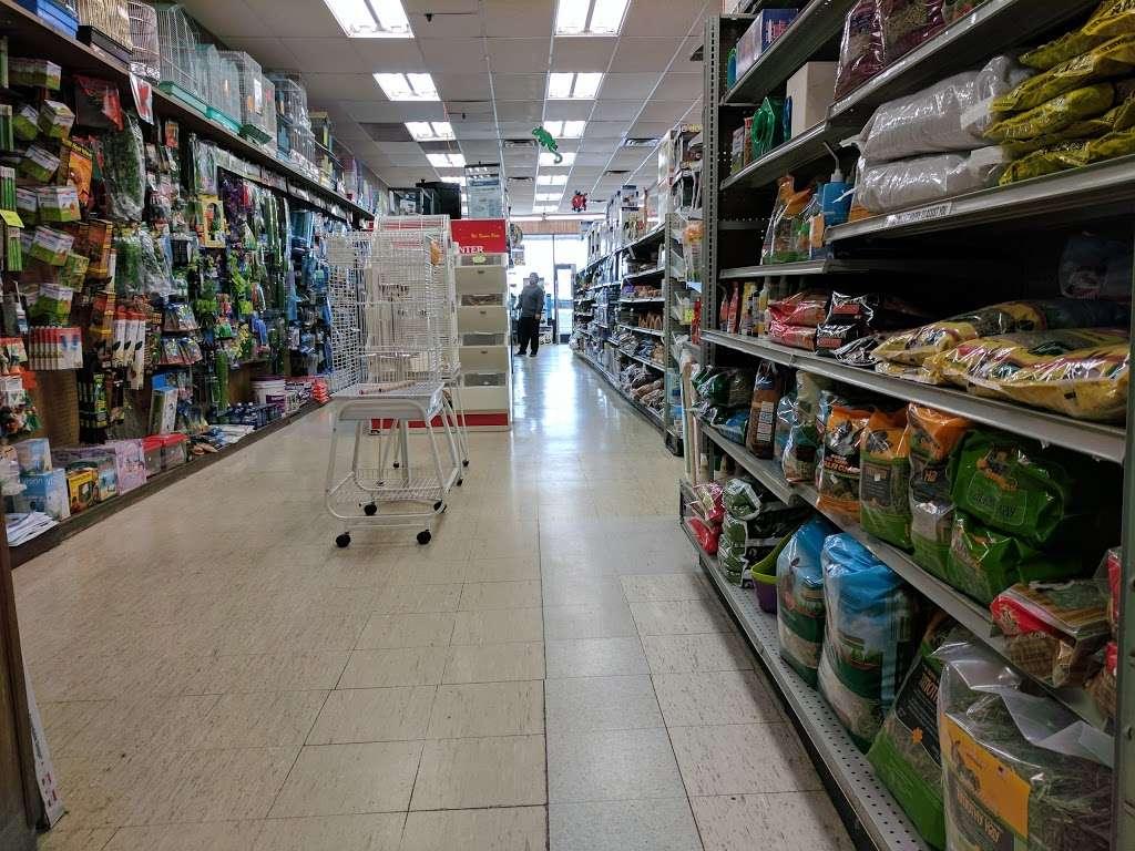 Petland Discounts - Jersey City - pet store  | Photo 2 of 10 | Address: Rt 440 & Kellogg Street, Stadium Plaza, Jersey City, NJ 07305, USA | Phone: (201) 435-9217