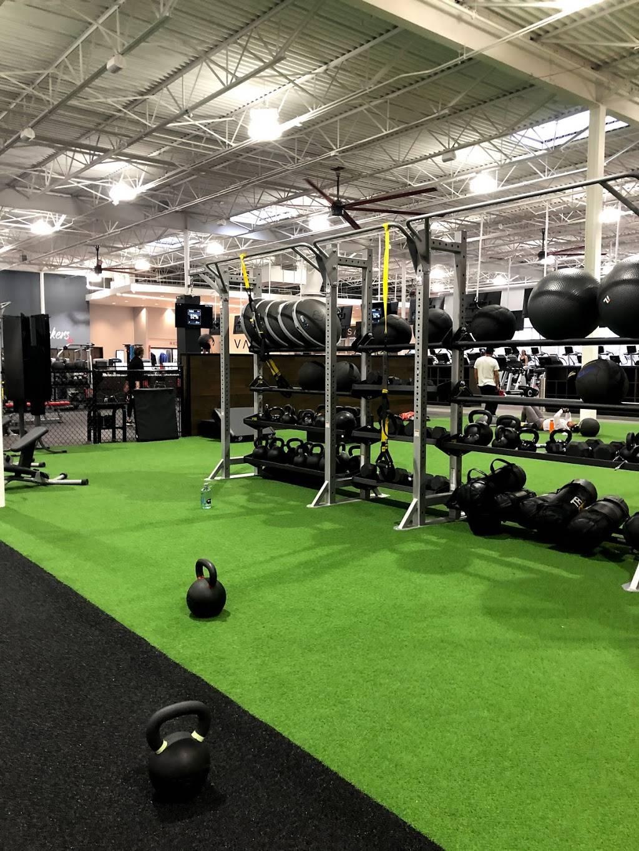 VASA Fitness - gym    Photo 1 of 7   Address: 15200 E Colfax Ave, Aurora, CO 80011, USA   Phone: (719) 294-6630