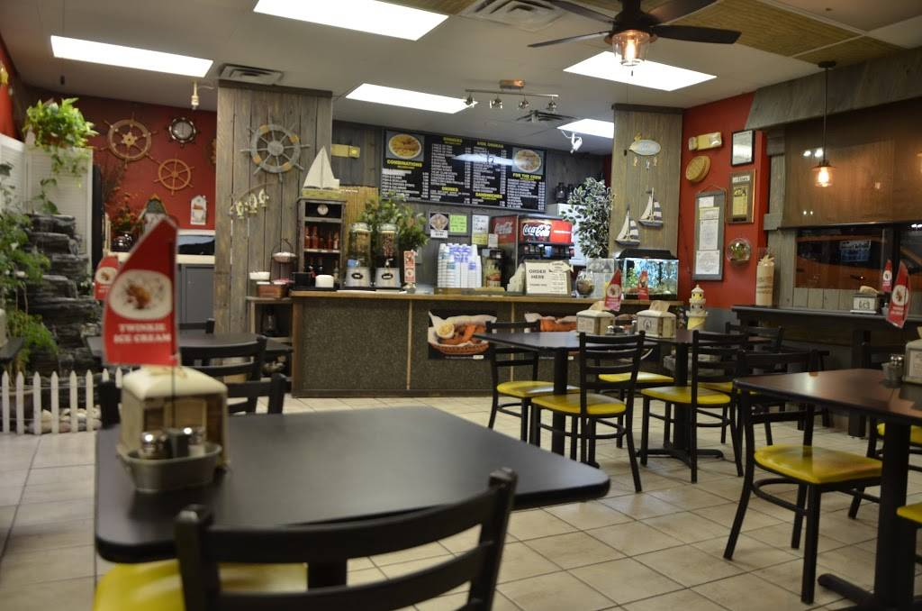 Tugboat Fish and Chips 22 - restaurant  | Photo 1 of 9 | Address: 5501 Dyer St C, El Paso, TX 79904, USA | Phone: (915) 566-2878