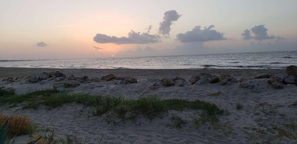 3D Beach - lodging  | Photo 3 of 10 | Address: 13115 Gulf Beach Dr, Freeport, TX 77541, USA | Phone: (713) 204-8054