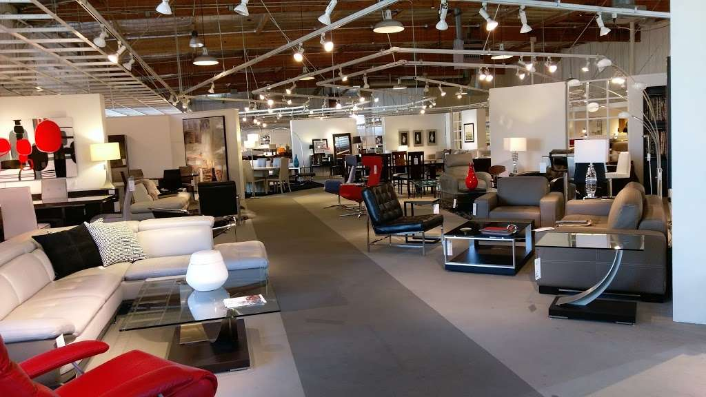 Scandinavian Designs 5503 12240 Sherman Way North Hollywood Ca 91605 Usa