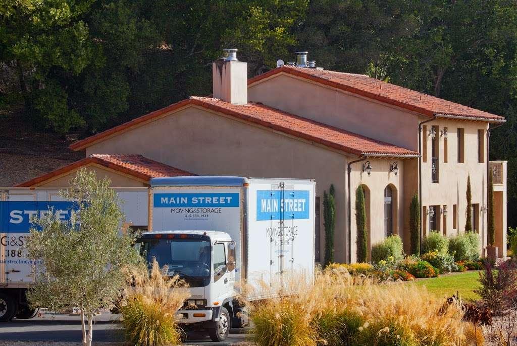 Main Street Moving & Storage - moving company  | Photo 7 of 10 | Address: 1129 Industrial Ave, Petaluma, CA 94952, USA | Phone: (707) 763-2100
