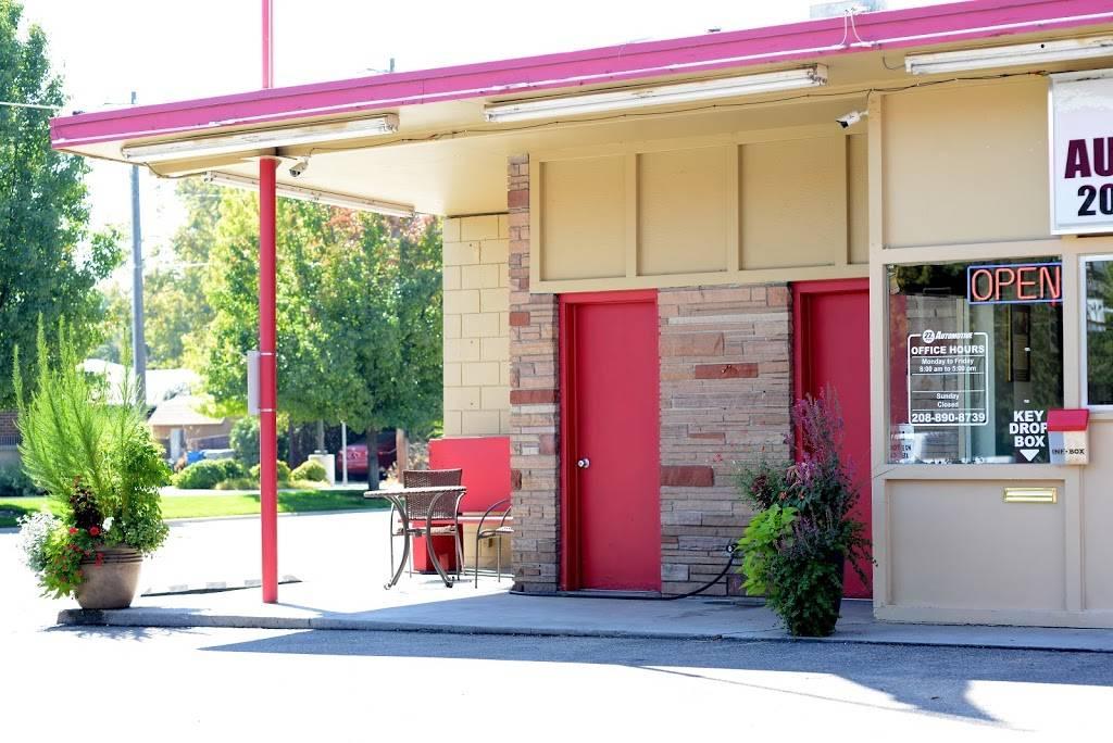 27th St. Automotive - car dealer  | Photo 3 of 10 | Address: 1105 N 27th St, Boise, ID 83702, USA | Phone: (208) 890-8739