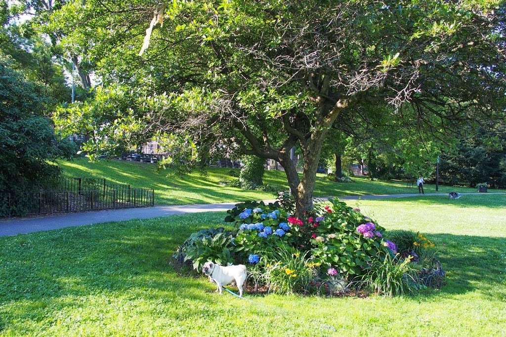 Narrows Botanical Gardens - park  | Photo 1 of 10 | Address: 464 Bay Ridge Ave, Brooklyn, NY 11220, USA | Phone: (718) 748-4810