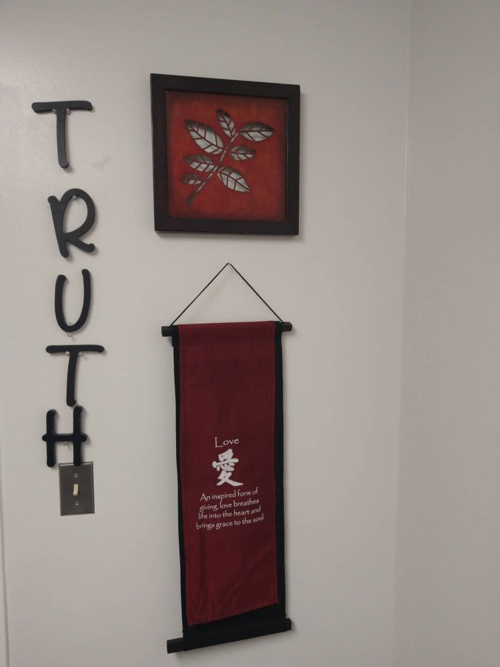 Truth Unlimited LLC/ Cryo Truth/ Licensed Massage Therapist - spa  | Photo 7 of 10 | Address: 6779 Memphis Ave 2nd Floor Office 9, Brooklyn, OH 44144, USA | Phone: (216) 848-0224