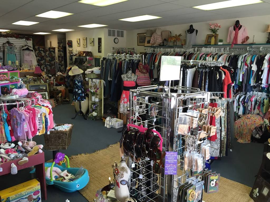 Fashion and Treasures - store  | Photo 1 of 5 | Address: 630 W P St, Lincoln, NE 68528, USA | Phone: (402) 802-5646