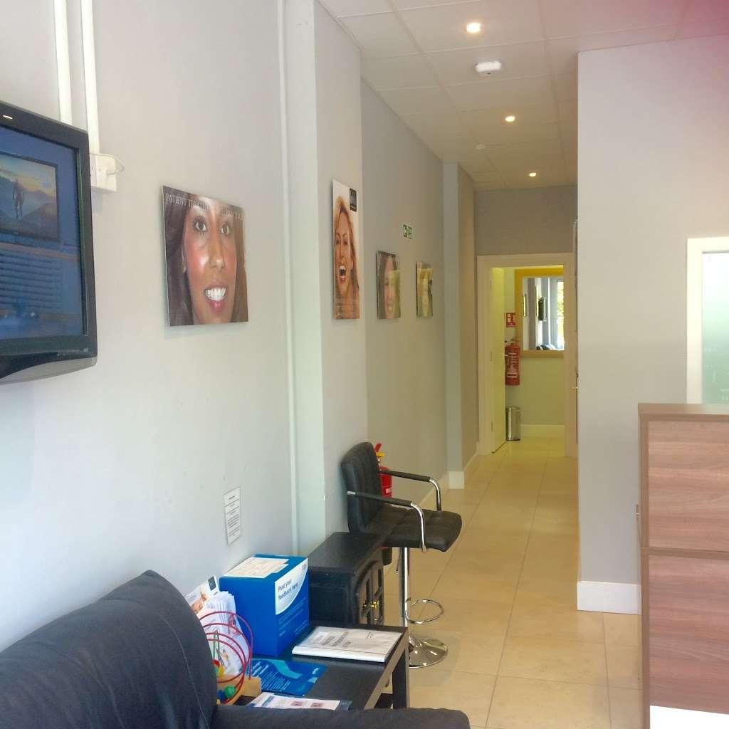 Wembley Orthodontic Centre - dentist  | Photo 10 of 10 | Address: 116 Windermere Ave, Wembley HA9 8RB, UK | Phone: 020 8904 5075