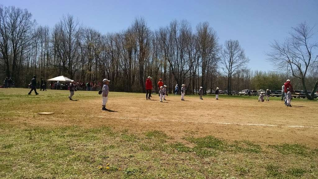 Carneys Point Recreational Park - park  | Photo 5 of 10 | Address: 229 Penns Grove Auburn Rd, Pedricktown, NJ 08067, USA | Phone: (609) 254-0000