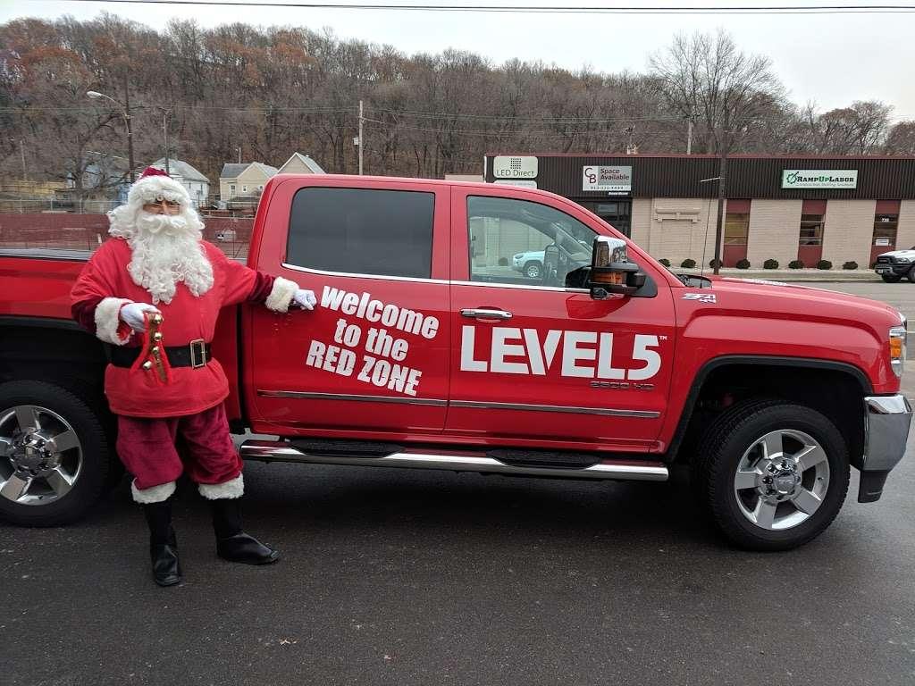 Level 5 Tools - store  | Photo 4 of 10 | Address: 728 Southwest Blvd, Kansas City, KS 66103, USA | Phone: (913) 631-0804