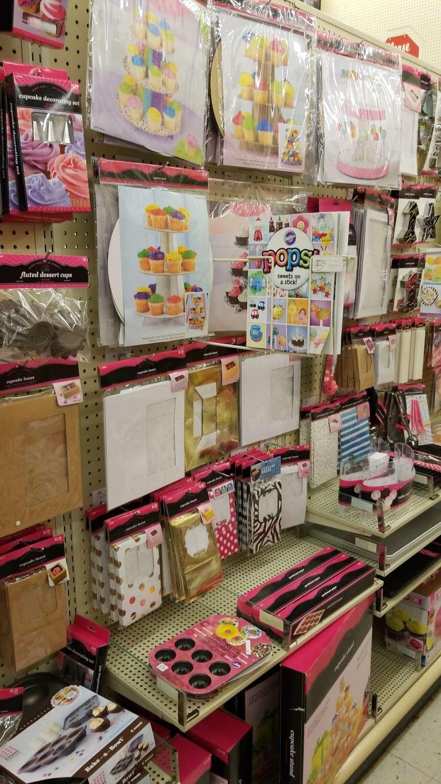 Hobby Lobby - home goods store  | Photo 8 of 10 | Address: 10575 E Washington St, Indianapolis, IN 46229, USA | Phone: (317) 897-1825