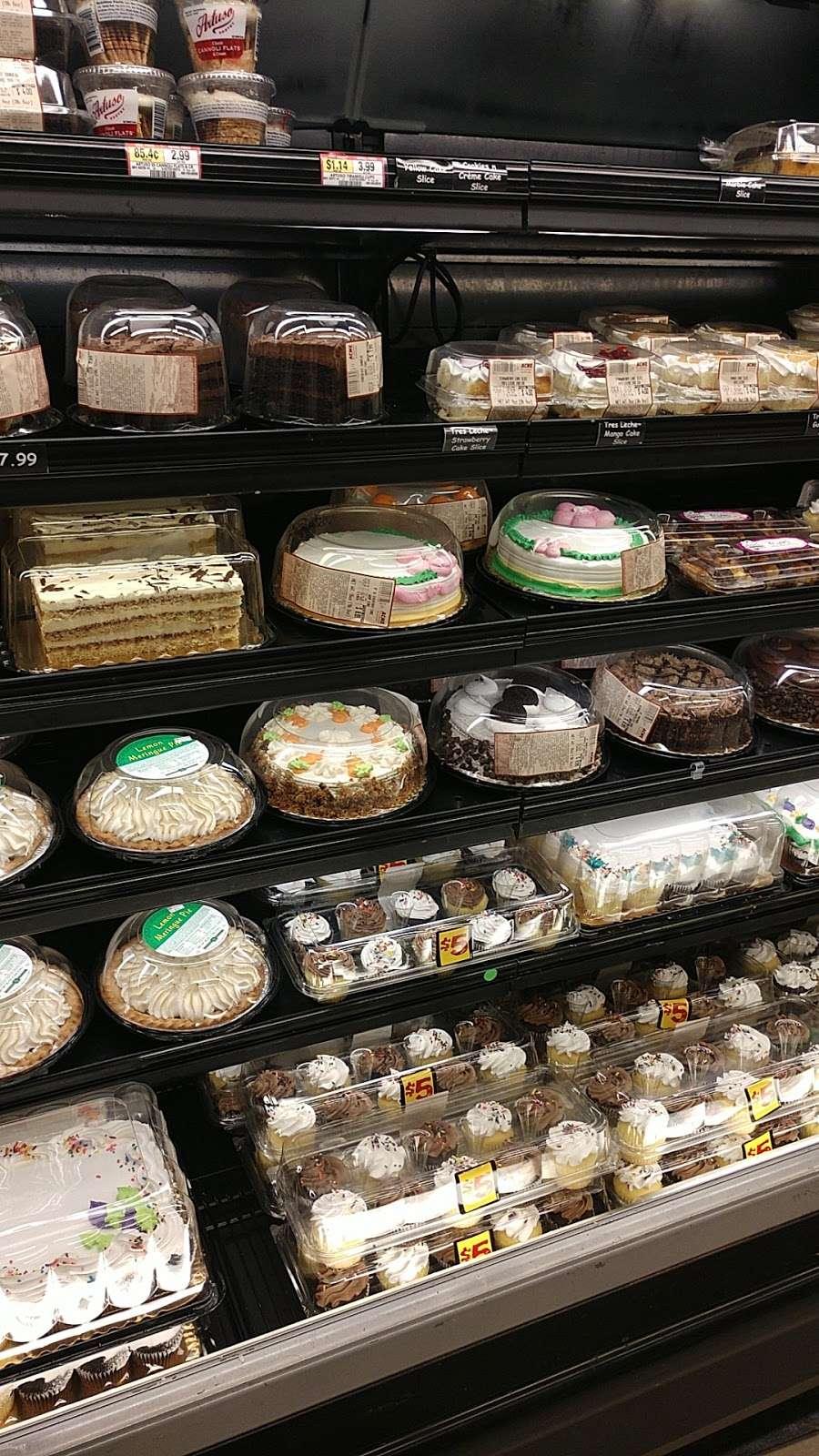 ACME Markets - store  | Photo 6 of 10 | Address: 321 NJ-440, Jersey City, NJ 07305, USA | Phone: (201) 946-2525