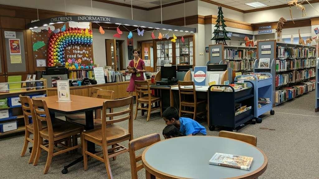 Mary Riley Styles Public Library - library  | Photo 10 of 10 | Address: 120 N Virginia Ave, Falls Church, VA 22046, USA | Phone: (703) 248-5030