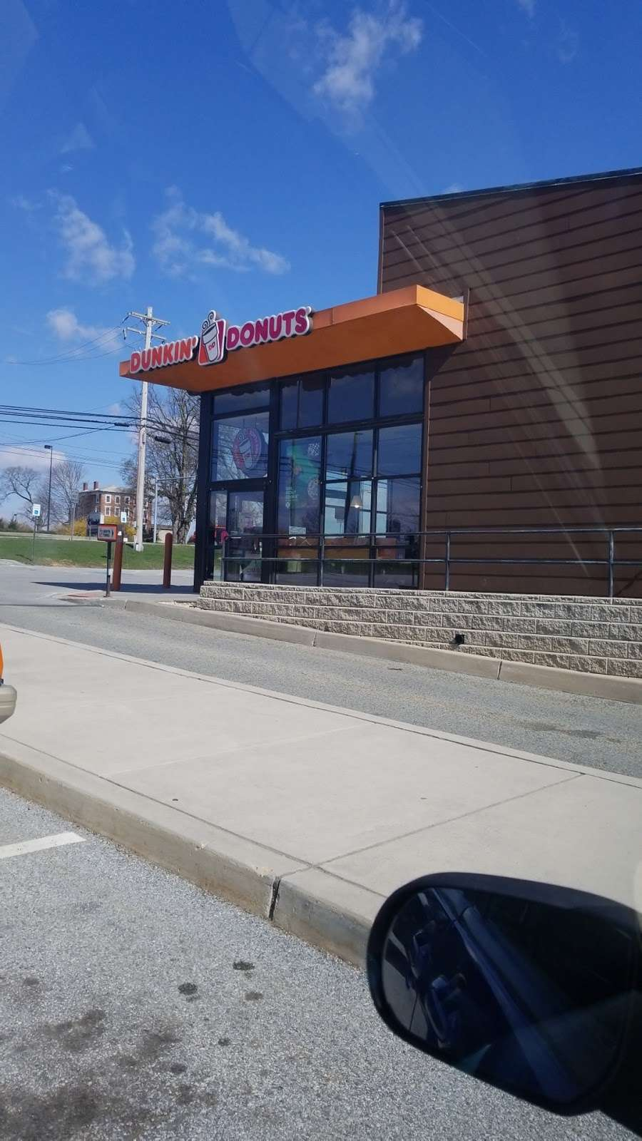 Dunkin Donuts - cafe  | Photo 6 of 10 | Address: 321 N 3rd St, Oxford, PA 19363, USA | Phone: (610) 932-1992