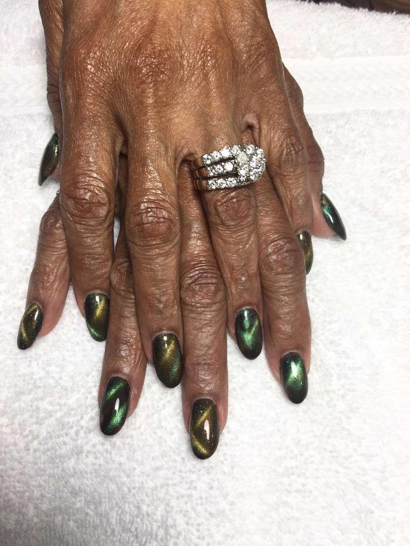 Golden Nails & Spa - spa  | Photo 7 of 10 | Address: 8245 Mills Rd, Houston, TX 77064, USA | Phone: (832) 688-5884