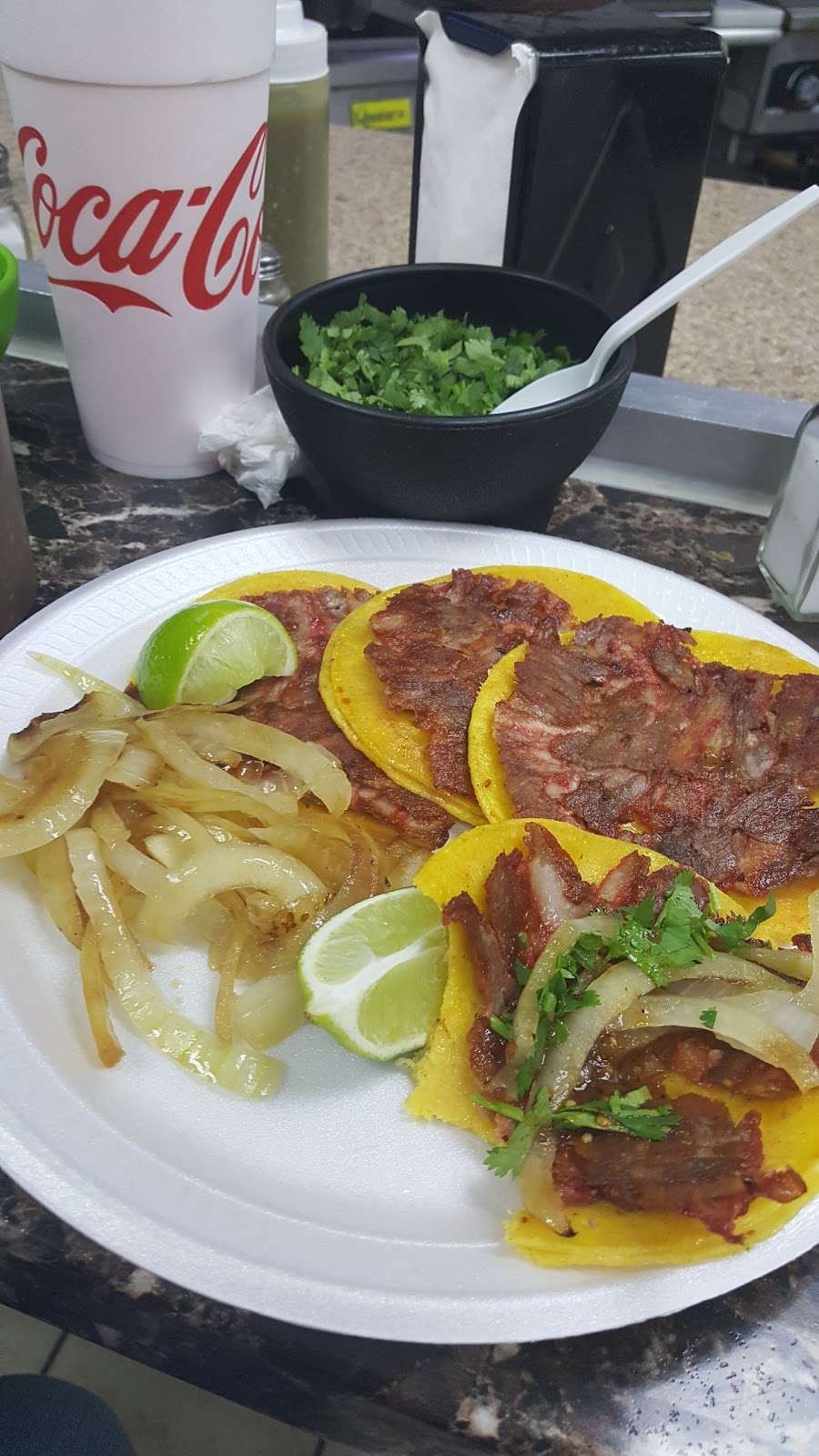 Tacos La Addiccion - restaurant  | Photo 9 of 10 | Address: 4970 W Illinois Ave, Dallas, TX 75211, USA | Phone: (214) 453-1580