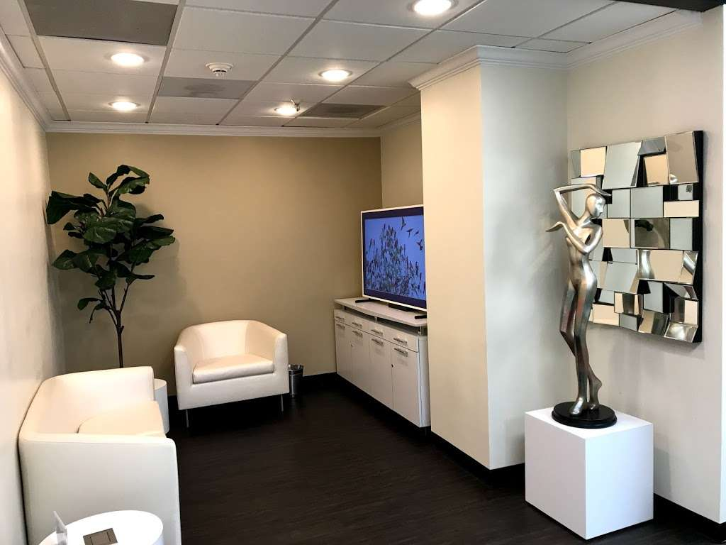 Downsize Lipo Center of Houston - doctor  | Photo 2 of 10 | Address: 7515 Main St suite 780, Houston, TX 77030, USA | Phone: (832) 709-7902
