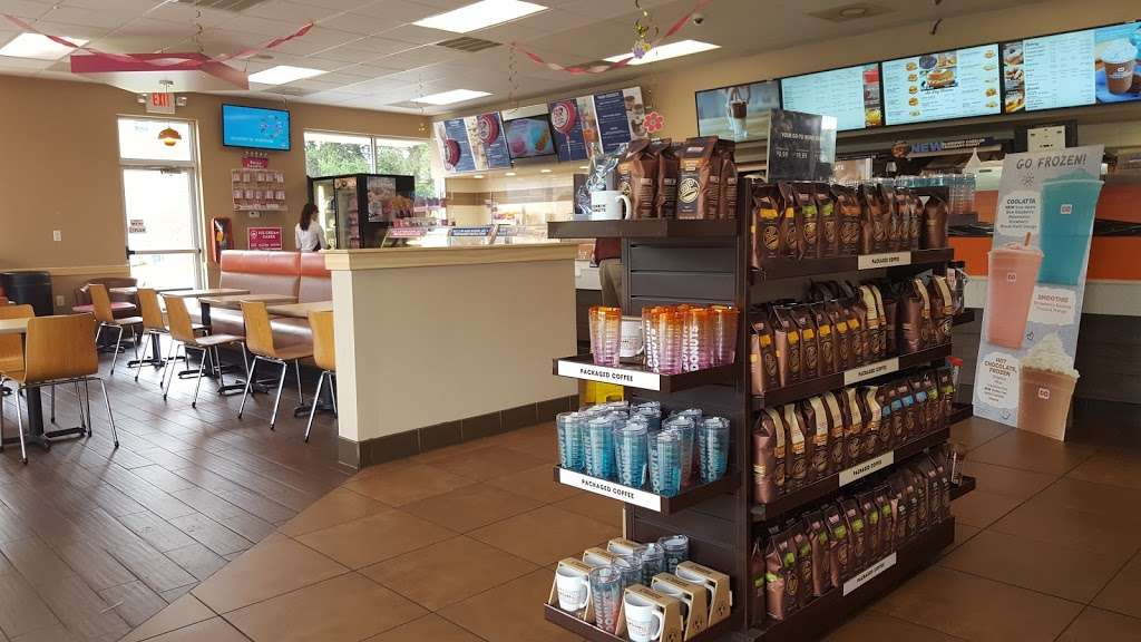 Dunkin Donuts - cafe    Photo 1 of 10   Address: 1427 Dual Hwy, Hagerstown, MD 21740, USA   Phone: (301) 393-3820