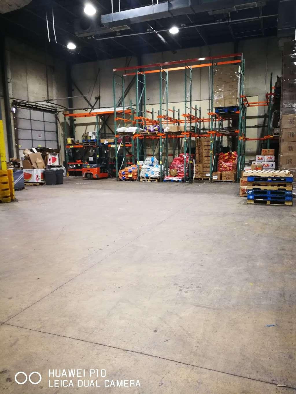Har Grand Corp (H Mart) - store  | Photo 1 of 2 | Address: 300 Chubb Ave, Lyndhurst, NJ 07071, USA
