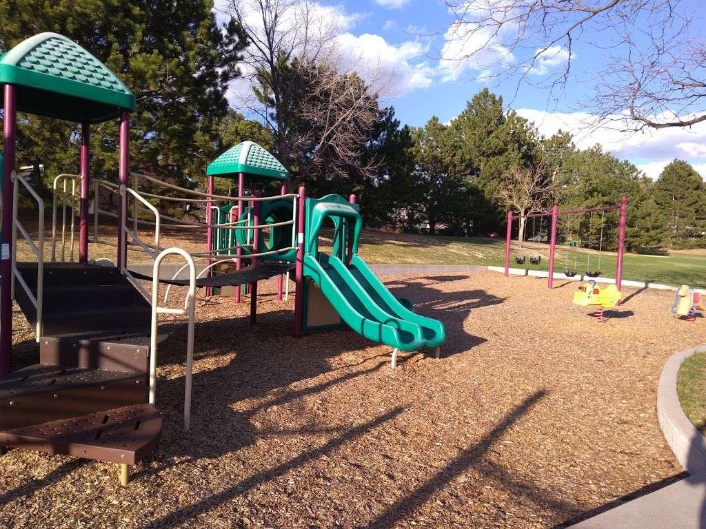 Linksview Park - park  | Photo 9 of 10 | Address: 4200 E Links Pkwy, Centennial, CO 80122, USA