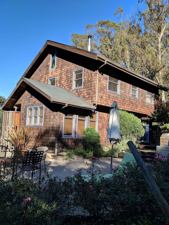 Casa Carolina Bed & Breakfast - lodging    Photo 1 of 7   Address: 7740 Nora Ave, Sebastopol, CA 95472, USA   Phone: (707) 823-3543