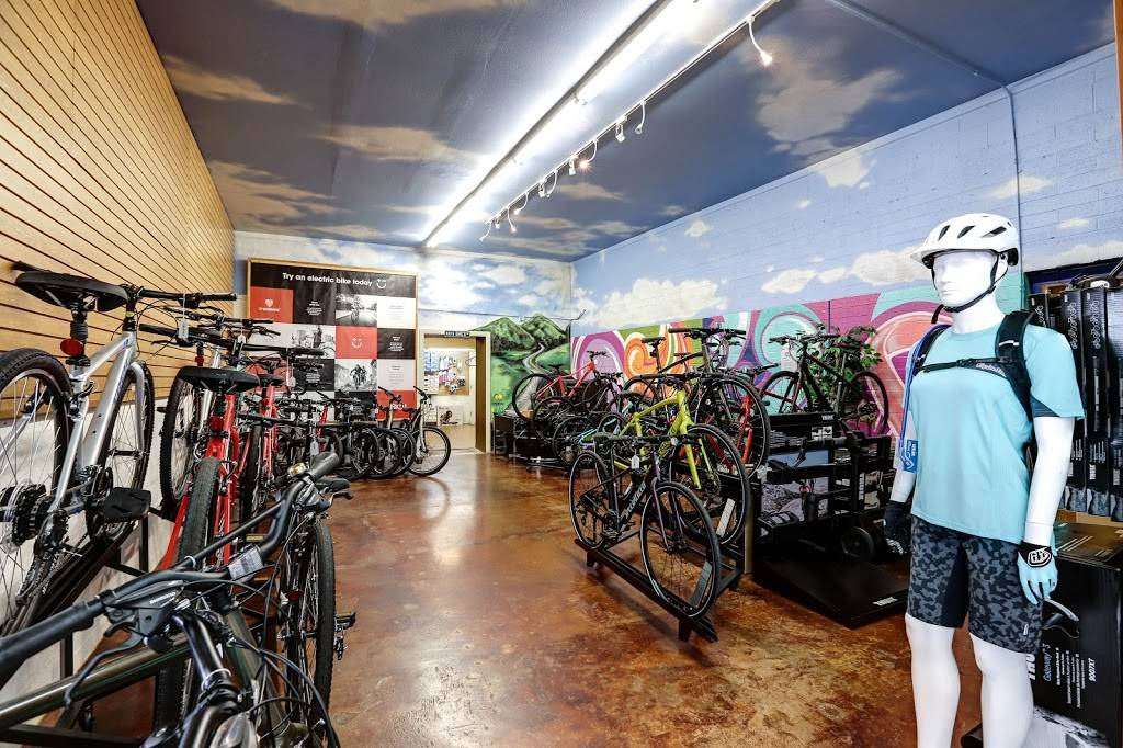 Landis Cyclery - bicycle store    Photo 2 of 10   Address: 712 W Indian School Rd, Phoenix, AZ 85013, USA   Phone: (602) 264-5681