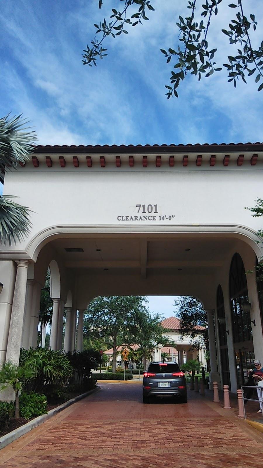 Bascom Palmer Eye Institute - doctor  | Photo 2 of 10 | Address: 7101 Fairway Dr, Palm Beach Gardens, FL 33418, USA | Phone: (561) 515-1500