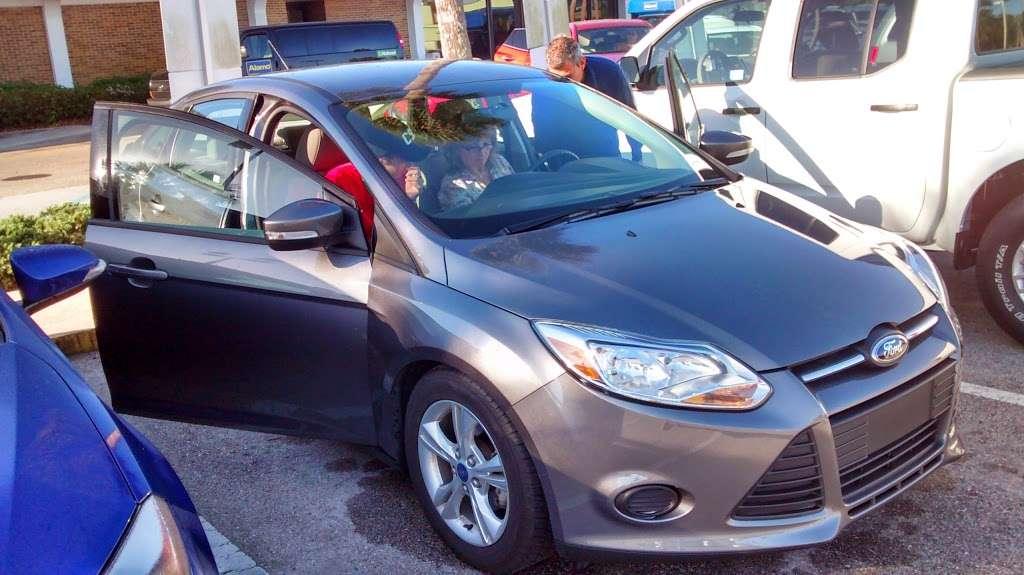 Alamo Rent A Car - car rental  | Photo 3 of 8 | Address: 1000 Car Care Dr, Orlando, FL 32830, USA | Phone: (407) 824-3470