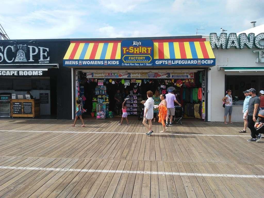 Jillys T-Shirt Factory, LLC - clothing store  | Photo 2 of 10 | Address: 762 Boardwalk, Ocean City, NJ 08226, USA | Phone: (609) 385-1234 ext. 2