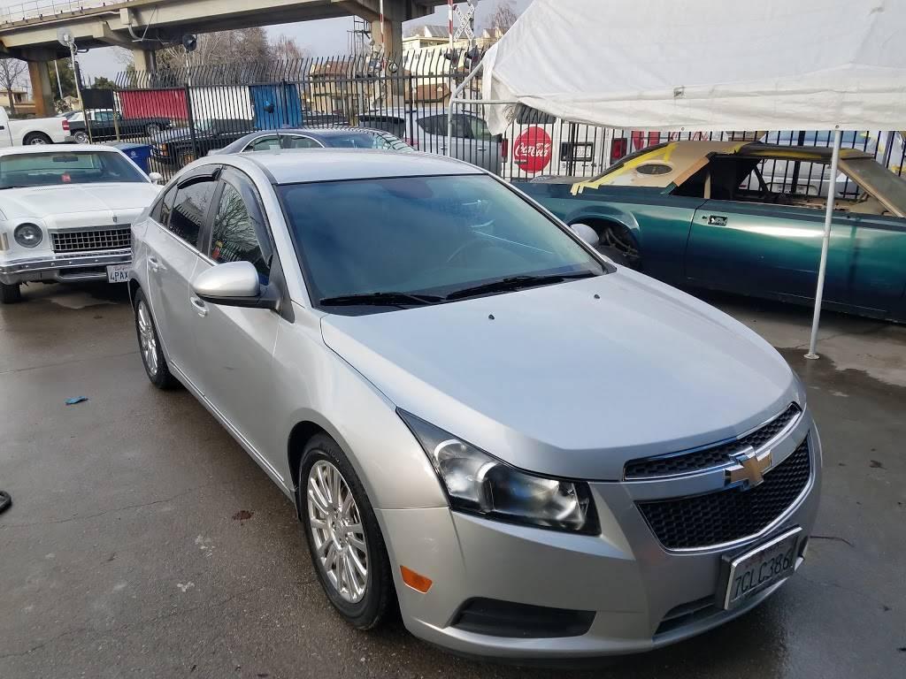 Auto Body Express - car repair    Photo 6 of 8   Address: 903 Williams St, San Leandro, CA 94577, USA   Phone: (510) 346-2886