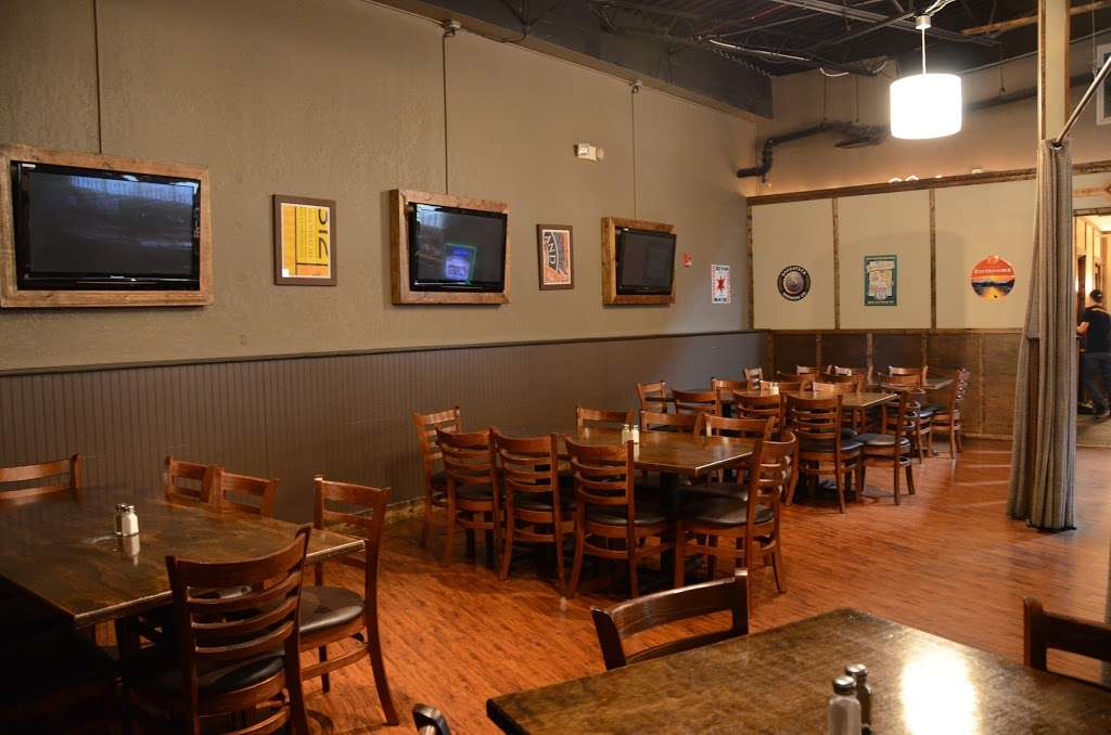 3 Corners Grill & Tap - restaurant  | Photo 1 of 10 | Address: 9701, 12371 Derby Rd, Lemont, IL 60439, USA | Phone: (630) 257-7780