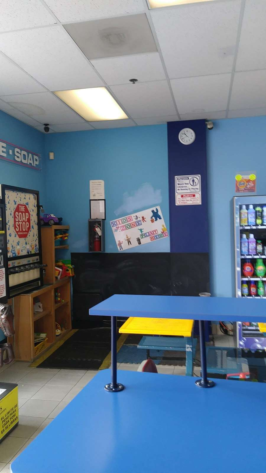 Oasis Laundry - laundry  | Photo 5 of 7 | Address: 7295 Snyder Ln, Rohnert Park, CA 94928, USA | Phone: (707) 794-8933