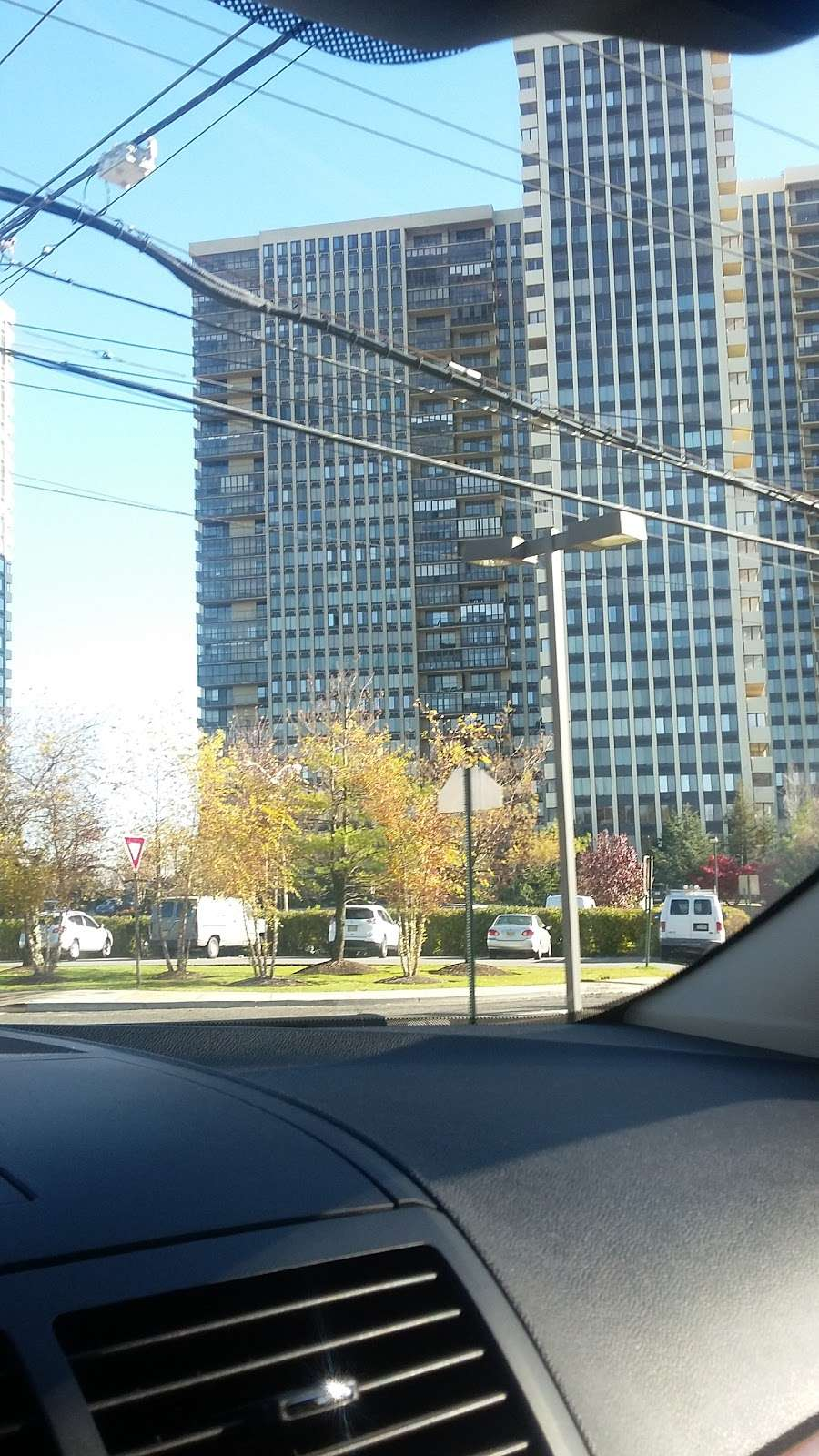 Palisade Ave at Lafayette Ave - bus station  | Photo 1 of 1 | Address: Cliffside Park, NJ 07010, USA