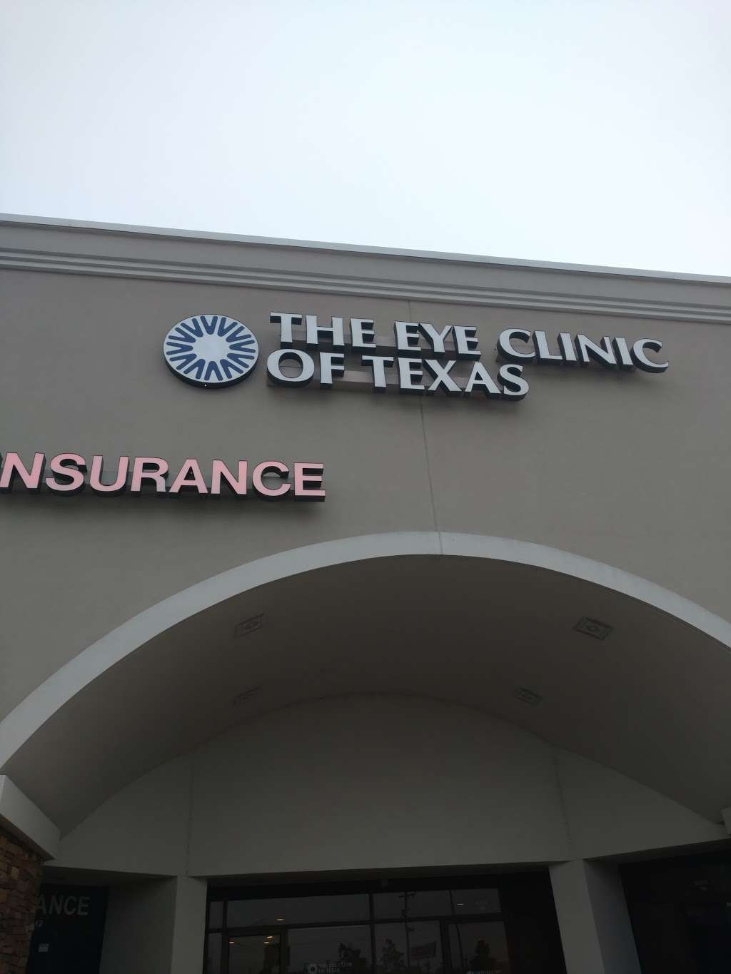 The Eye Clinic of Texas - doctor  | Photo 2 of 4 | Address: 1100 Gulf Fwy S #114, League City, TX 77573, USA | Phone: (281) 332-3937