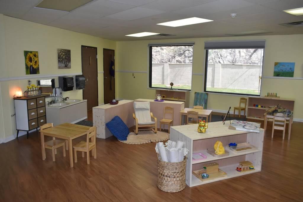 Amici Trilingual Montessori - school  | Photo 3 of 4 | Address: 1244 E Chandler Blvd, Phoenix, AZ 85048, USA | Phone: (480) 336-3364