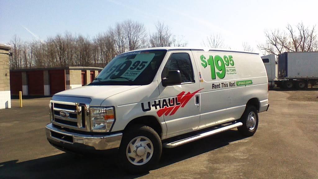 U-Haul Moving & Storage at Clark Ave - moving company  | Photo 5 of 10 | Address: 6000 Clark Ave, Cleveland, OH 44102, USA | Phone: (216) 631-7402